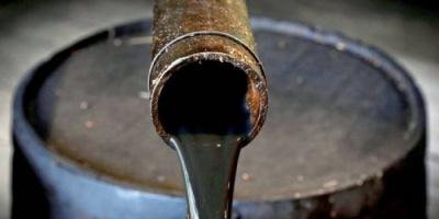النفط يتراجع 1.5 %.. برنت يسجل 47.82 دولار للبرميل والأمريكي 44.96  