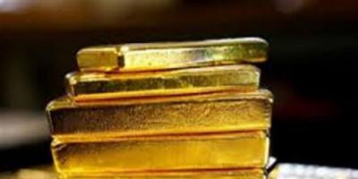 الذهب يتراجع ويسجل خسائر للأسبوع الثالث على التوالي