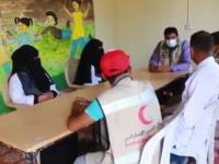 """عيادات """"هلال الإمارات"""" تداوي النازحين في الخوخة (فيديو)"""