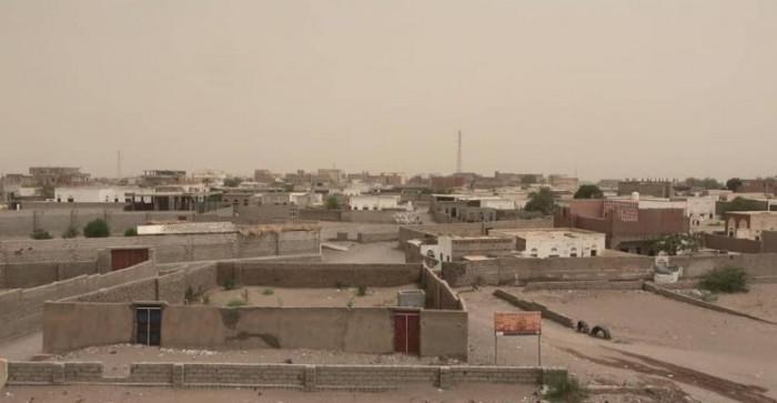 مليشيا الحوثي تُجدد قصفها لمنازل التحيتا