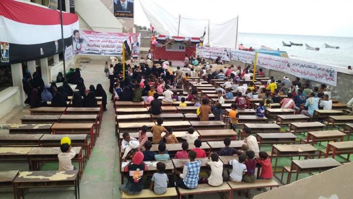 حشود غاضبة تقتحم مهرجان إخوان الشرعية في شقرة