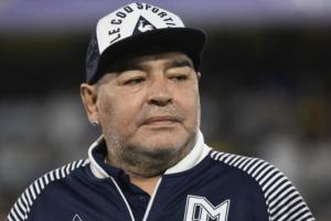 الشرطة الأرجنتينية تقتحم منزل الطبيبة النفسية لـ مارادونا