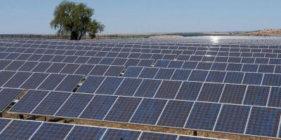 التوصل لمادة بلورية تخزّن الطاقة الشمسية لفترة طويلة