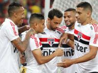 ساو باولو ينتزع صدارة الدوري البرازيلي بثلاثية في شباك جوياس
