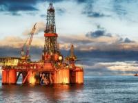 """النفط يحقق أكبر مكاسب أسبوعية عقب اتفاق """"أوبك+""""  """