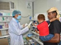 خدمات طبية سعودية لعشرات المرضى بحرض