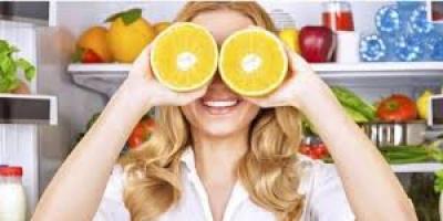حافظ على صحة عينيك بهذه الأطعمة