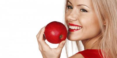 """حقيقة عبارة """"تناول تفاحة في اليوم تبقيك بعيدًا عن الطبيب"""""""