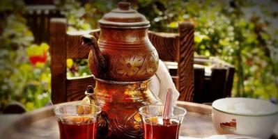 """في اليوم العالمي لـ""""الشاي"""".. تعرف على فوائده السحرية"""