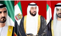 الرئيس الإماراتي ونائبه وولي العهد يبعثون ببرقيات تهنئة لرؤساء الدول بالعام الجديد