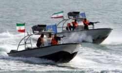 مسؤول أمريكي يكشف حالة تأهب إيرانية في الخليج