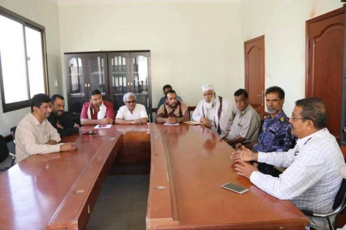اللجنة المجتمعية بالحصن تشترك في الخطة الأمنية