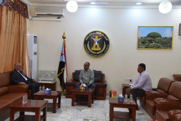 نزار هيثم يتسلم مهامه رئيسًا للقيادة المحلية لـ