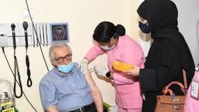 قطر تبدأ في تطعيم الجرعة الثانية من لقاح كورونا