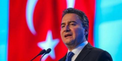 سياسي تركي مهاجمًا أردوغان: حزبي ومنحاز