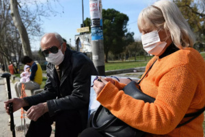 اليونان تُسجل 20 وفاة و510 إصابات جديدة بكورونا