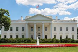 عقب تنصيب بايدن.. أول إحاطة صحفية للبيت الأبيض