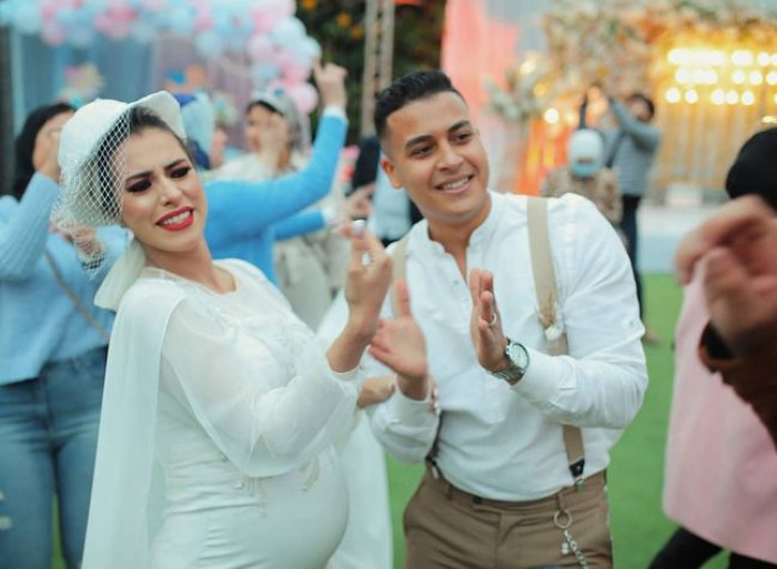 مصر.. عروس حامل تشعل مواقع التواصل الاجتماعي