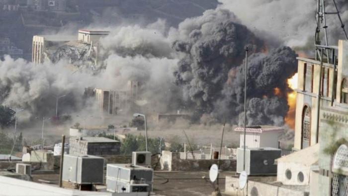 العدوان الحوثي على منازل حيس.. المليشيات تضاعف الأعباء