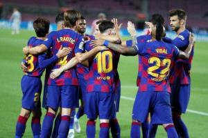 كومان يعلن قائمة برشلونة لمباراة كورنيلا بكأس ملك إسبانيا