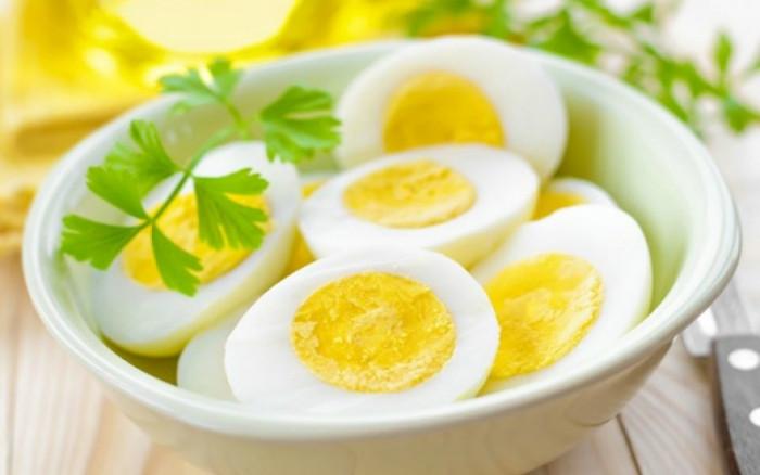 أضرار تناول البيض بكمية كبيرة