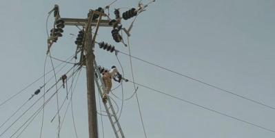 إعادة تأهيل خطوط الكهرباء بالطرية وشقرة