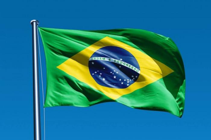البرازيل تسجل 62334 إصابة جديدة بكورونا و 1202 وفاة