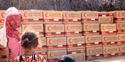"""""""البيان"""": الإمارات تواصل إغاثة نازحي الساحل الغربي"""