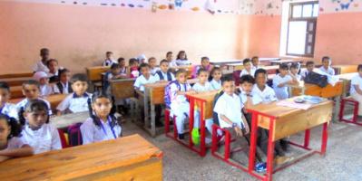 """مديرة """"يونسكو"""" باليمن تدعو لتمويل التعليم لتجنب كارثة جيل"""