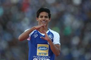 مهدي قائدي يتوج بجائزة أفضل لاعب شاب في آسيا