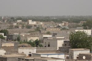 إخماد نيران حوثية استهدفت قرى الجبلية