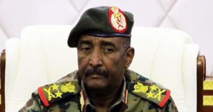 """رئيس السيادة السوداني يلتقي بقائد """"أفريكوم"""" لبحث التطورات الأمنية"""