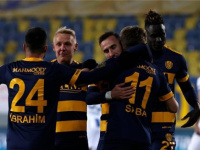 بادجي يسجل أول أهدافه مع أنقرة في الدوري التركي