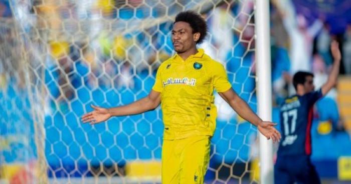 1توامبا يقود التعاون للفوز على ضمك بثلاثية في الدوري السعودي