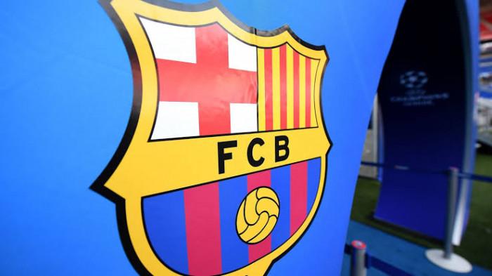 """صحيفة """"آس"""": ديون نادي برشلونة بلغت 730 مليون يورو"""