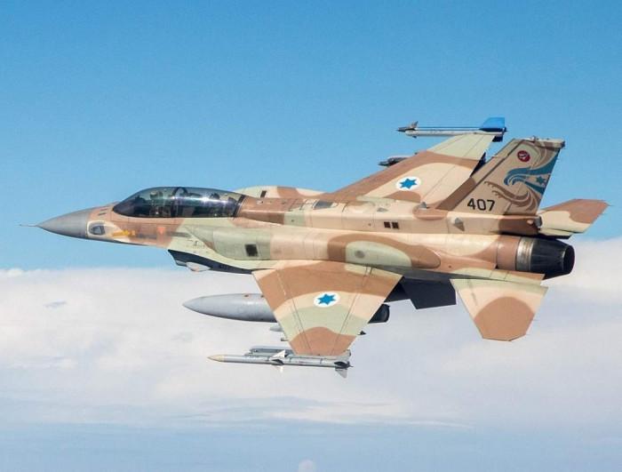 """إسرائيل تبيع 29 طائرة """"إف-16"""" من الفائض لديها"""