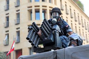 العفو الدولية تدين استخدام لبنان لأسلحة فرنسية في قمع التظاهرات