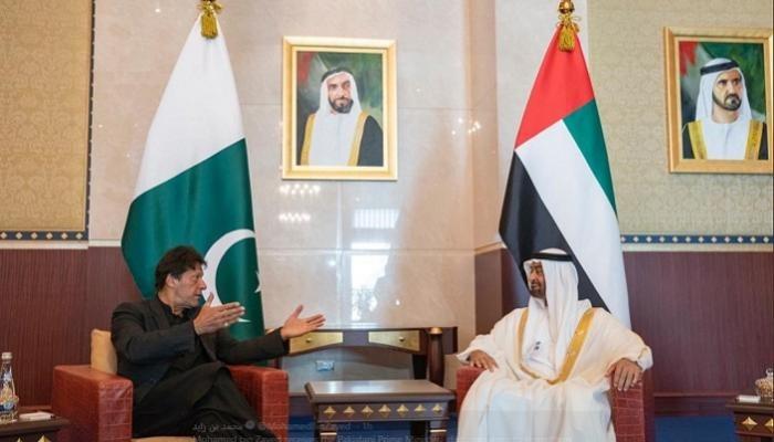 بن زايد يبحث مع رئيس الوزراء الباكستاني العلاقات الثنائية بين البلدين