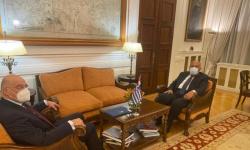 وزير الخارجية المصري ونظيره اليوناني يبحثان تطورات شرق المتوسط