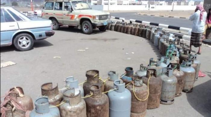 السلطة الإخوانية بشبوة تحرم المواطنين من الغاز المنزلي