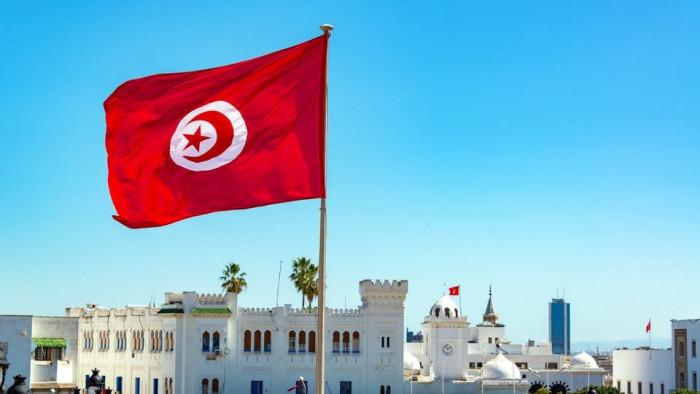 تونس تُعلن أول حالة وفاة لمصاب بالسلالة الجديدة من كورونا