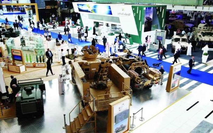 """بقيمة 5,030 مليار درهم.. الإمارات توقع 19 صفقة سلاح في اليوم الأول من """"آيدكس"""""""