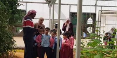الإمارات تواجه حروب تجريف العقول بدعم التعليم في سقطرى