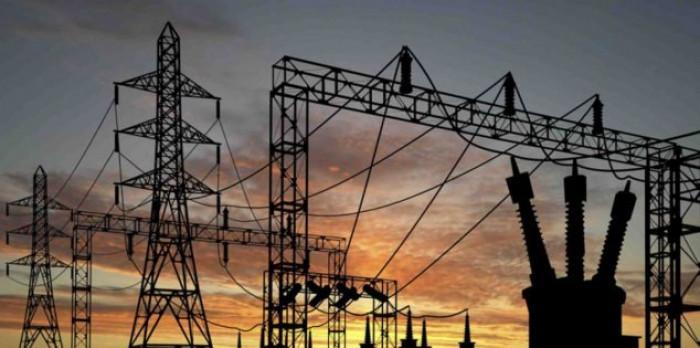 نقص الوقود يدفع محطات كهرباء عدن لخفض قدراتها