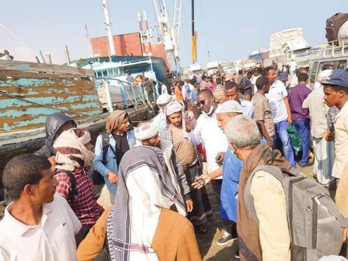 سفينة ثالثة للاجئين اليمنيين تصل إلى سواحل الصومال