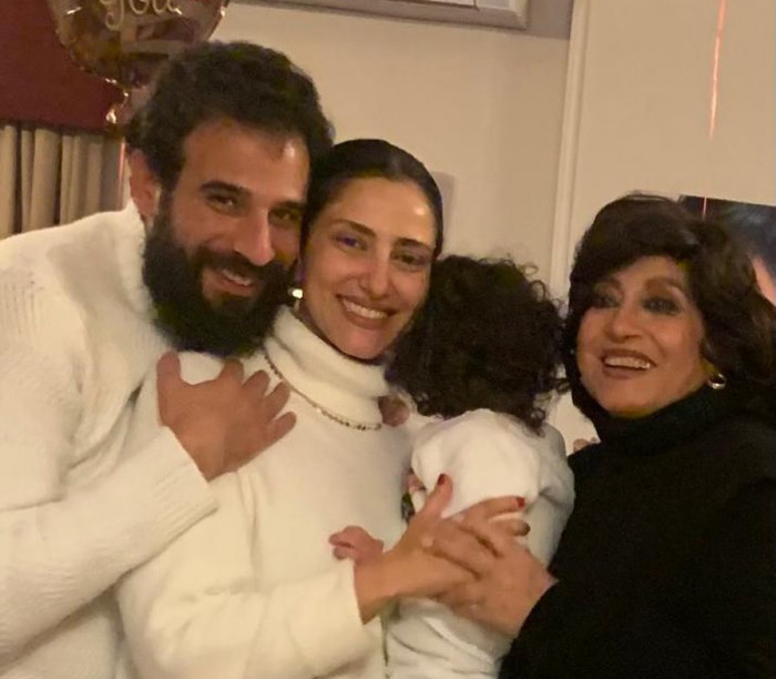رفقة أسرتها.. حنان مطاوع تحتفل بعيد ميلادها