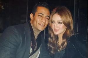 حقيقة انفصال محمد رمضان عن زوجته