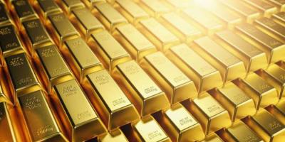 الذهب يعمق خسائره أمام العملة الأمريكية.. الأوقية تسجل 1736.60 دولارًا