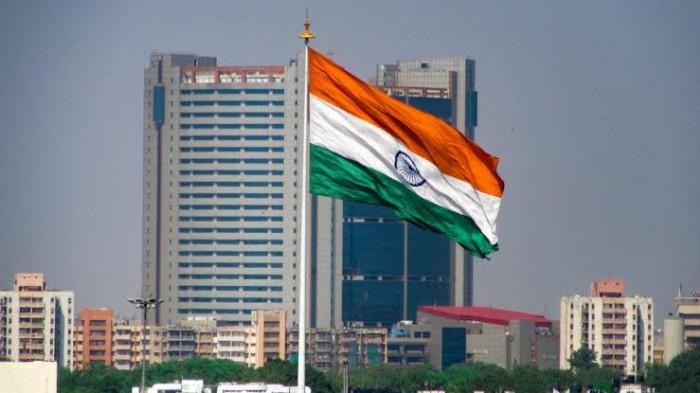 اقتصاد الهند يتنفس الصعداء وينجو من ركود كورونا