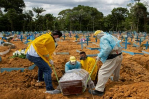 ارتفاع إصابات ووفيات كورونا في البرازيل